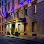 Grand Hotel Sitea, Esterno notturno.